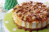 White Chocolate and Macadamia Cheesecake with Caramel Sauce