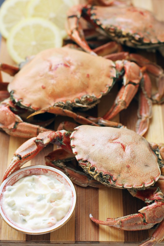 Boiled Crabs with Fennel
