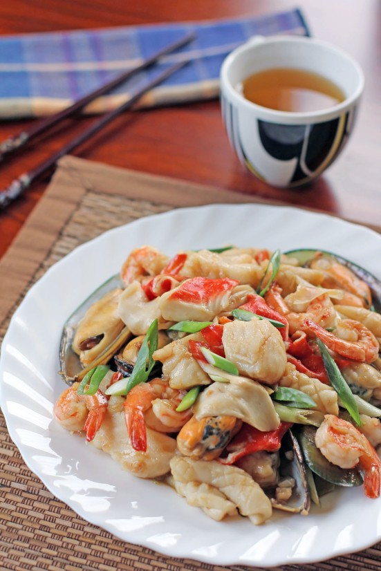 Mixed Seafood in Oyster Sauce Wide