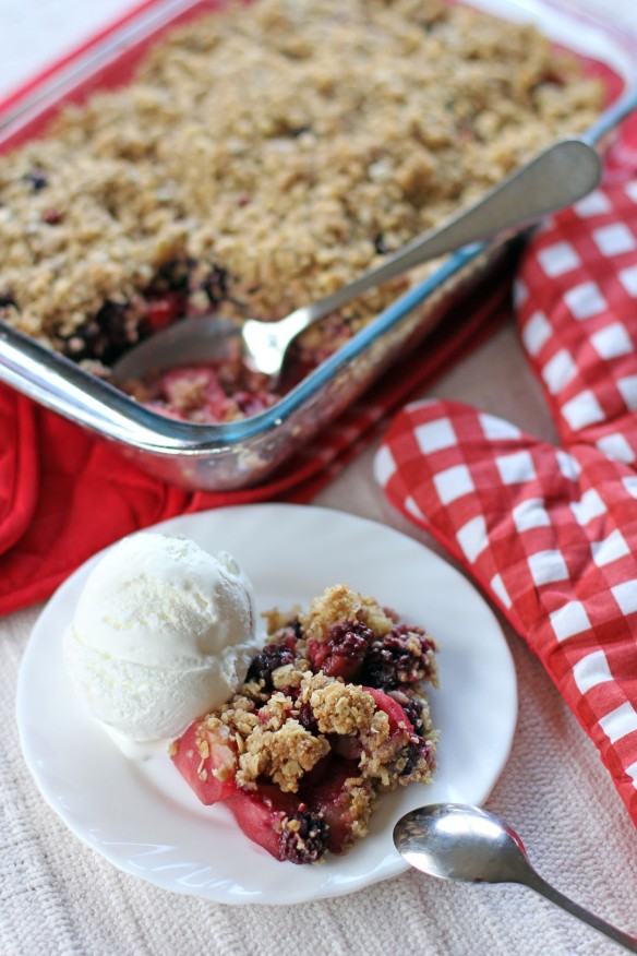 Apple and Mixed Berry Crumble