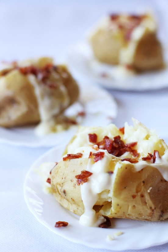 Baked Potato with Cheese Sauce and Bacon
